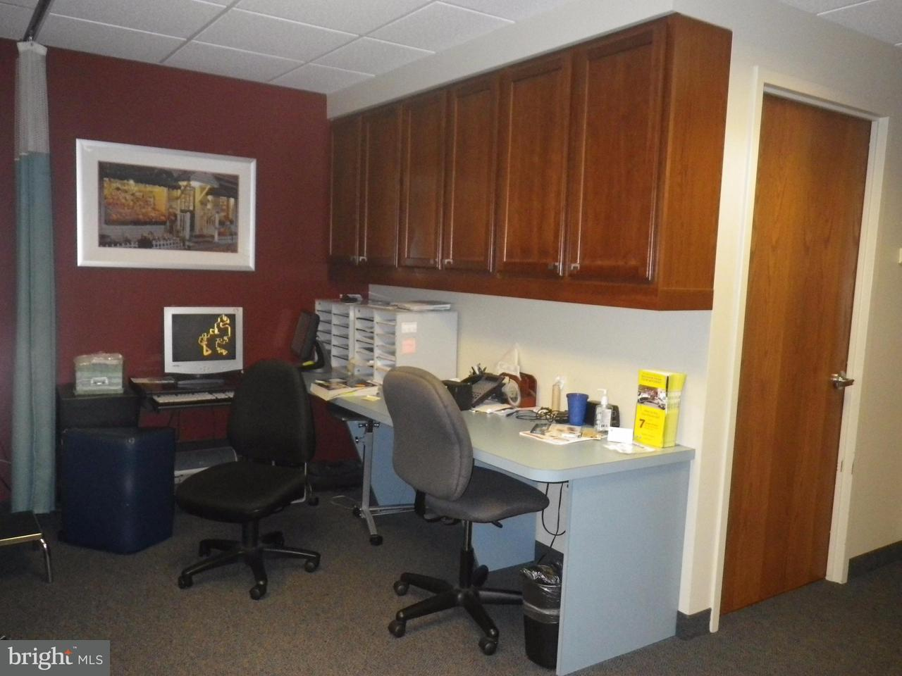 Additional photo for property listing at 3200 TOWER OAKS BLVD #4B1 3200 TOWER OAKS BLVD #4B1 Rockville, Maryland 20850 United States