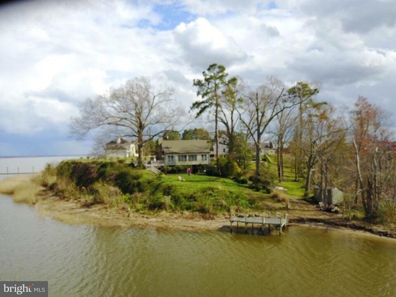 Einfamilienhaus für Verkauf beim 441 BENTON POINT 441 BENTON POINT Tappahannock, Virginia 22560 Vereinigte Staaten