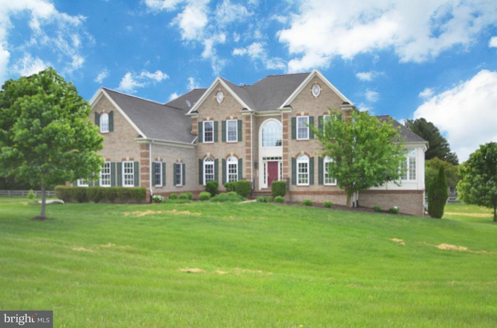 Single Family Home for Sale at 3508 FINISH LINE Drive 3508 FINISH LINE Drive Gainesville, Virginia 20155 United States