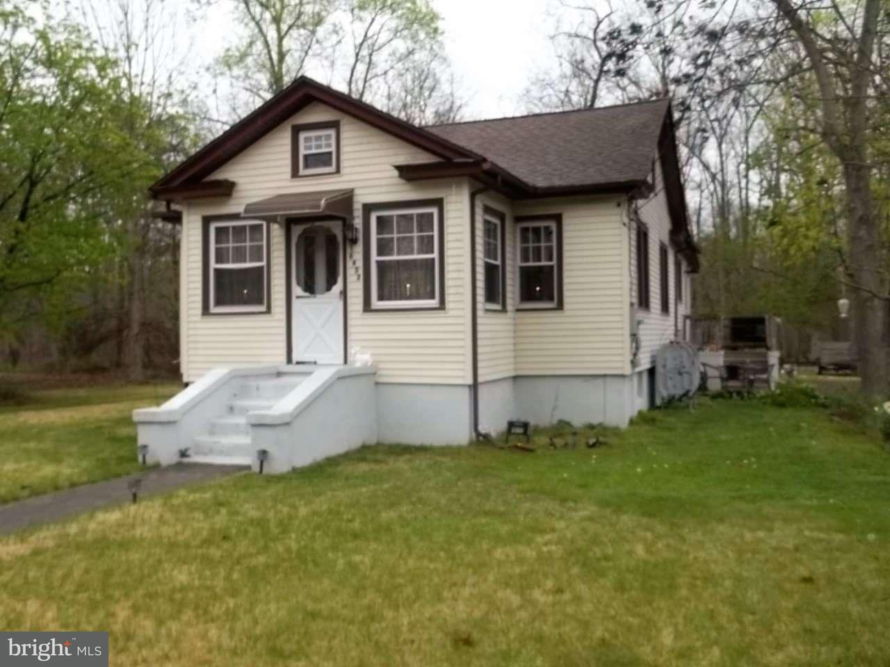 Single Family Home for Sale at 6432 DEHIRSCH Avenue Mizpah, New Jersey 08342 United StatesMunicipality: Hamilton Township