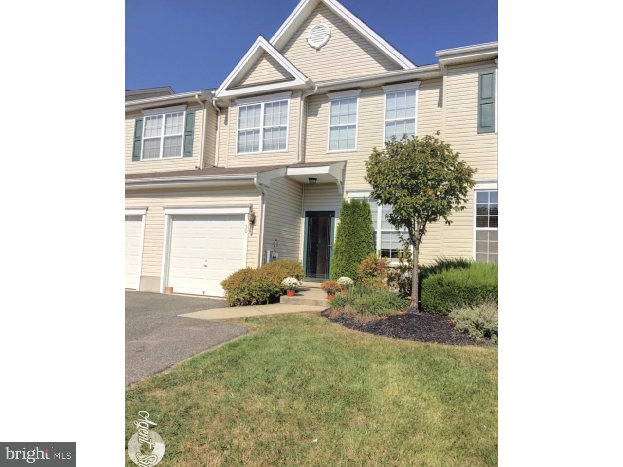 Casa unifamiliar adosada (Townhouse) por un Alquiler en 50 STILL RUN Clayton, Nueva Jersey 08312 Estados Unidos