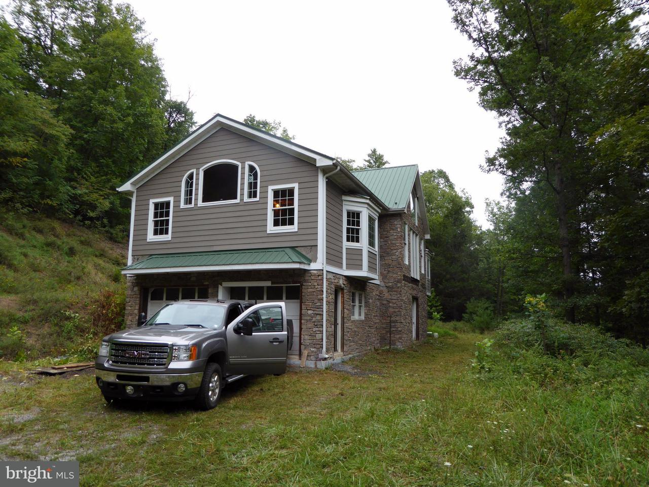 Single Family for Sale at Millers Run Rd Brandywine, West Virginia 26802 United States