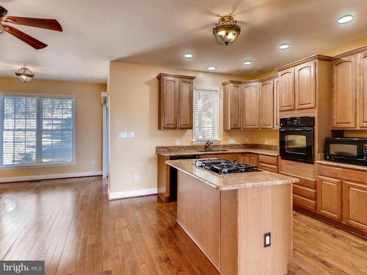 Commercial for Sale at 4701 Falls Rd Baltimore, Maryland 21209 United States