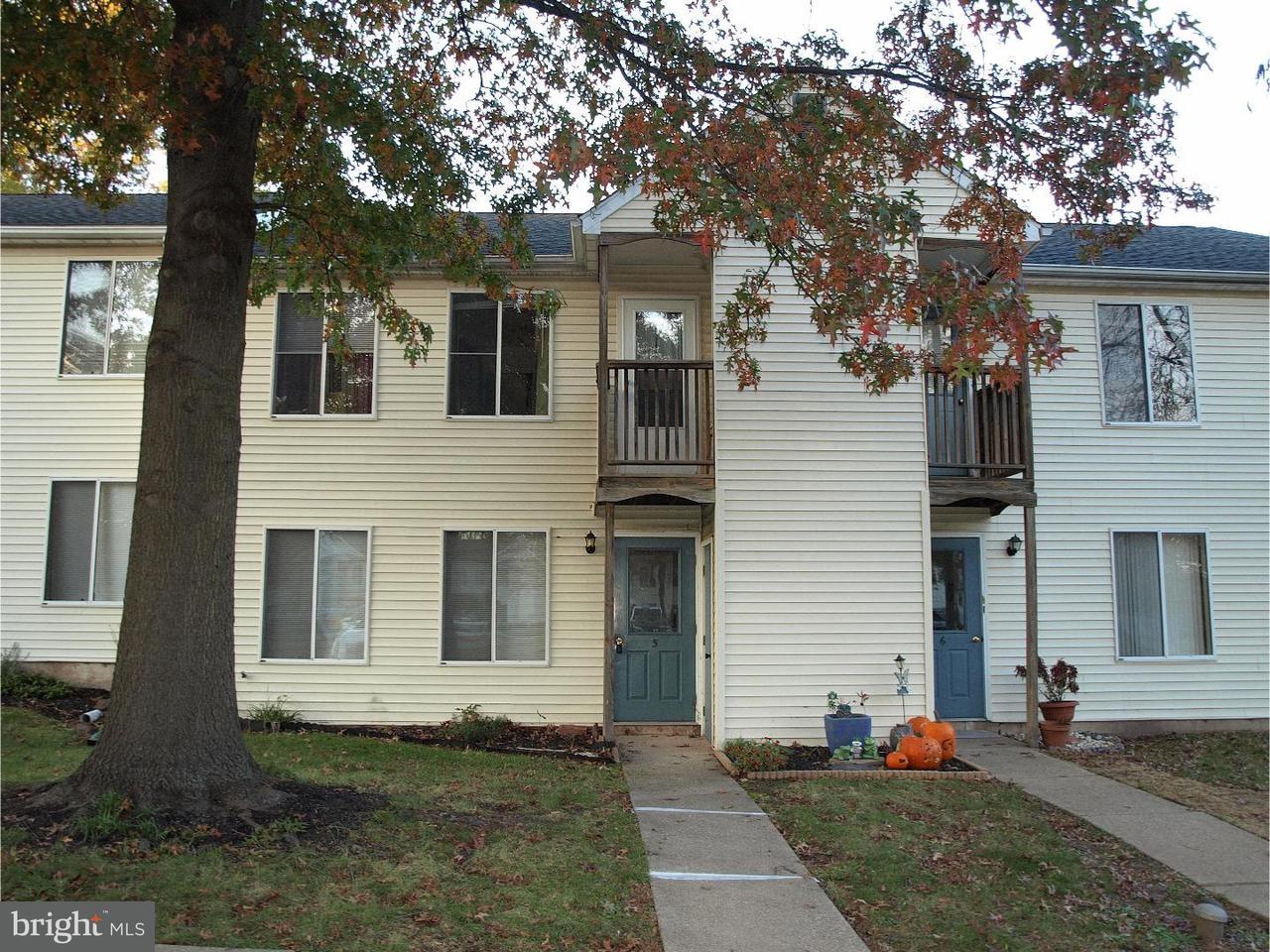 Maison unifamiliale pour l à louer à 5A KITTERY CT #5A Sellersville, Pennsylvanie 18960 États-Unis