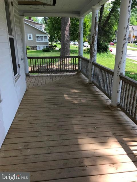Additional photo for property listing at 3800 Gwynn Oak Ave  Baltimore, Maryland 21207 United States