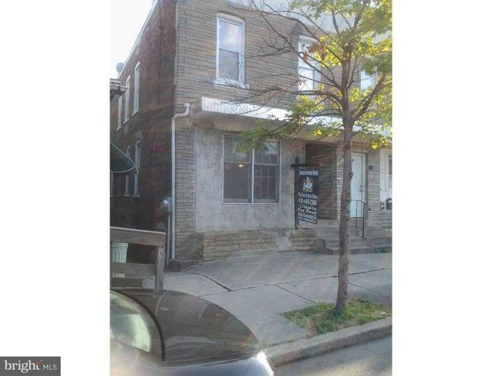 Additional photo for property listing at 2032 EDGMONT Avenue  Chester, Pennsylvanie 19013 États-Unis
