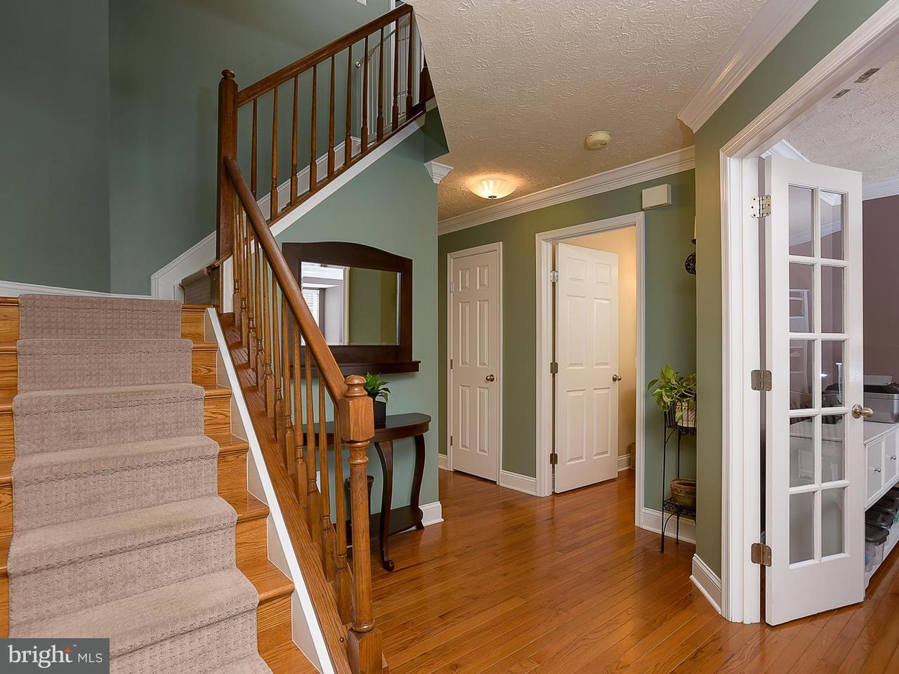 Maison unifamiliale pour l Vente à 1402 CHRISTA Lane 1402 CHRISTA Lane Crofton, Maryland 21114 États-Unis