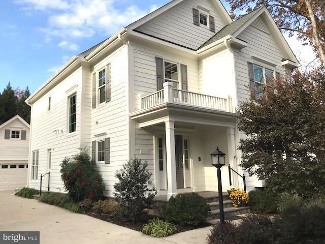 Single Family Home for Sale at 4515 25TH RD N 4515 25TH RD N Arlington, Virginia 22207 United States