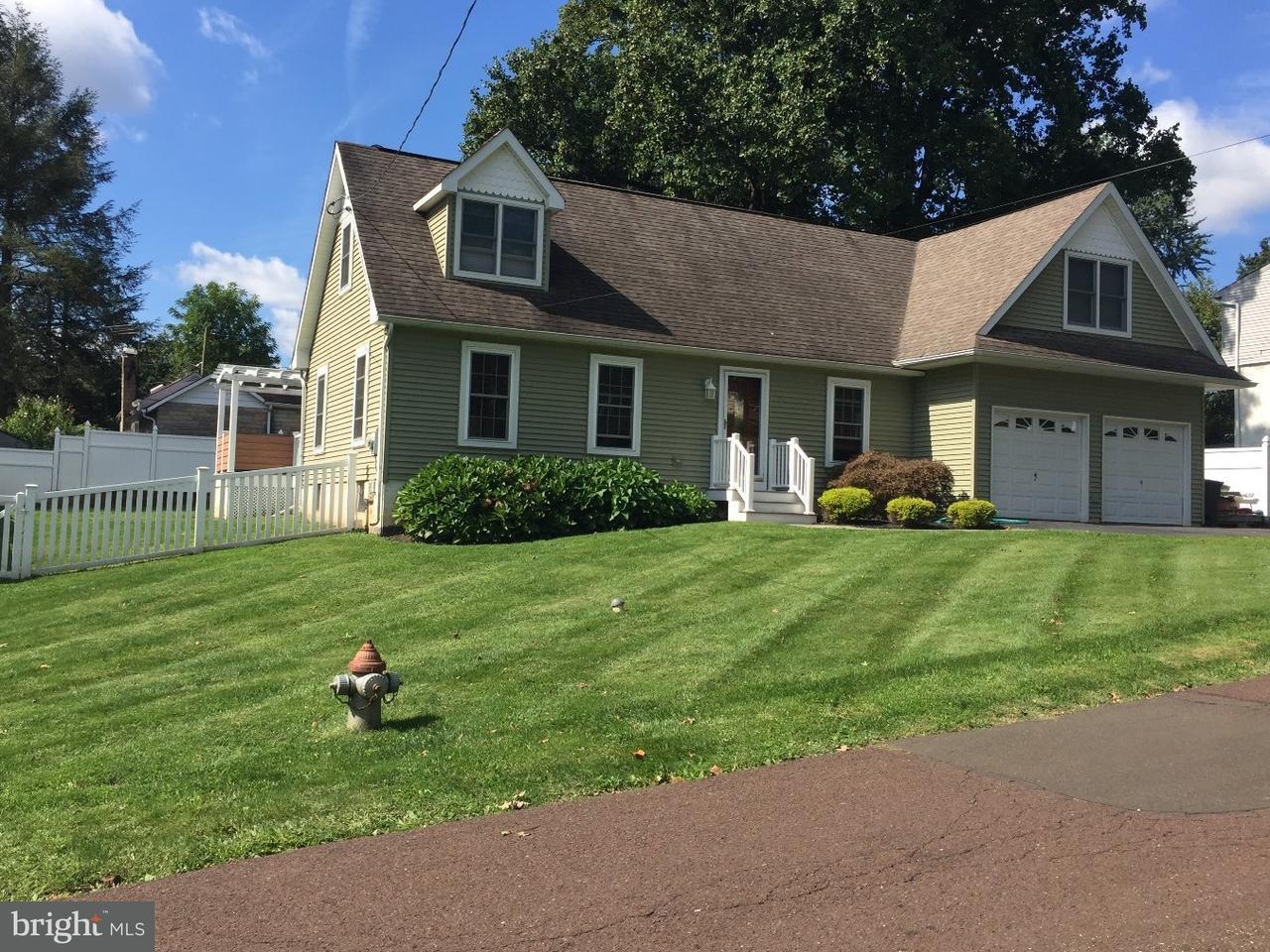 独户住宅 为 销售 在 643 D Avenue Feasterville, 宾夕法尼亚州 19053 美国