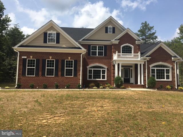 Частный односемейный дом для того Продажа на 7263 RUSSELL CROFT Court 7263 RUSSELL CROFT Court Port Tobacco, Мэриленд 20677 Соединенные Штаты