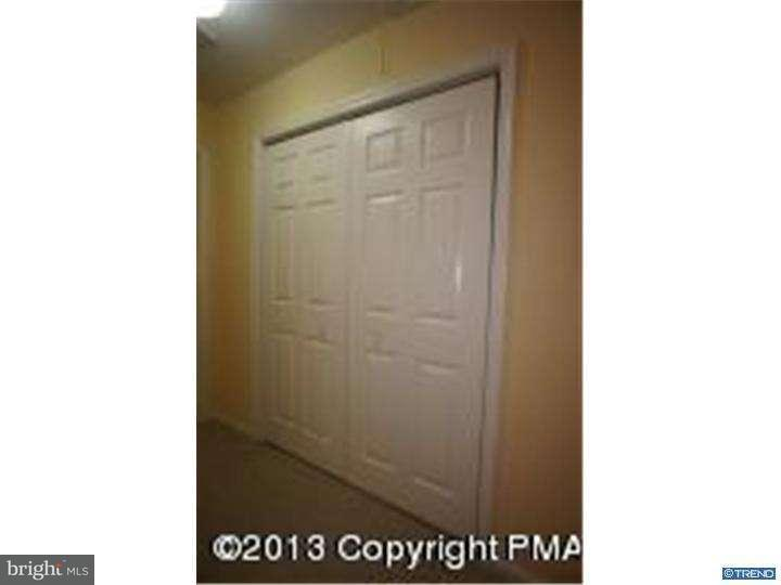 Additional photo for property listing at 115 HUNTINGTON Drive  East Stroudsburg, Pennsylvania 18302 Estados Unidos