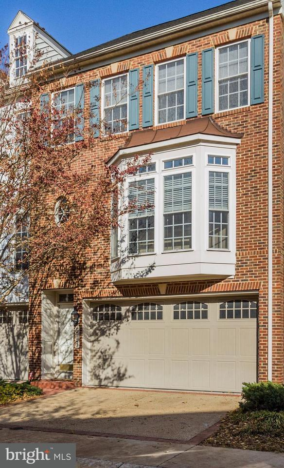 Townhouse for Sale at 606 Seaton Square Drive 606 Seaton Square Drive Silver Spring, Maryland 20901 United States