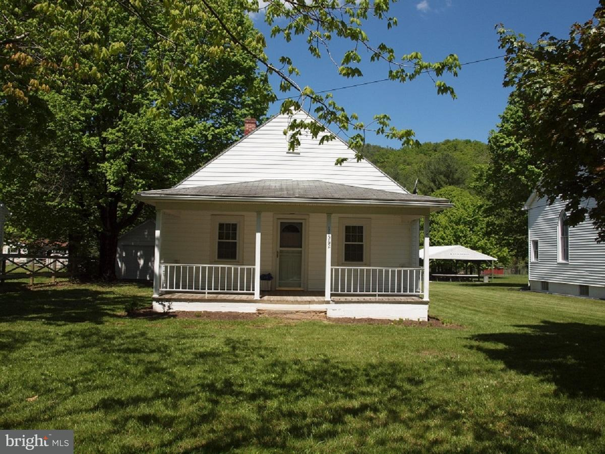 Single Family for Sale at 11562 Blue Gray Trail Brandywine, West Virginia 26802 United States