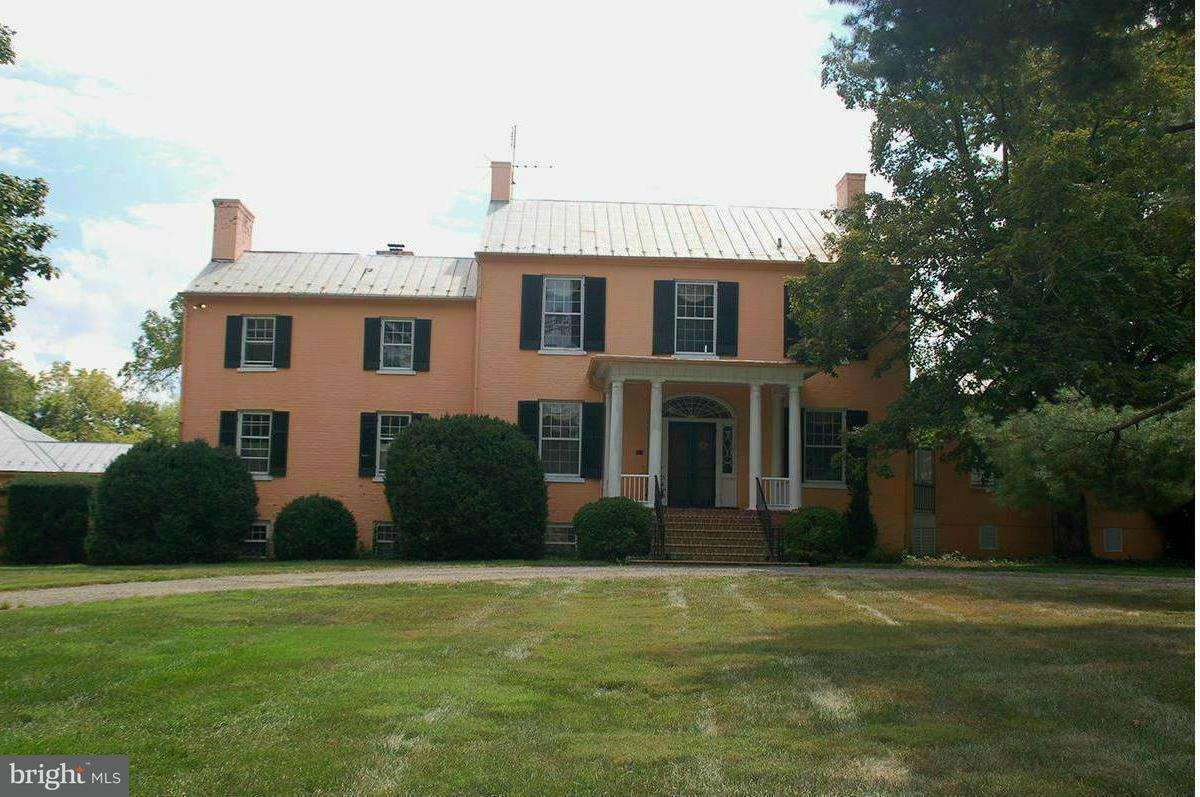 Single Family Home for Sale at 6259 HARRY BYRD HWY 6259 HARRY BYRD HWY Berryville, Virginia 22611 United States