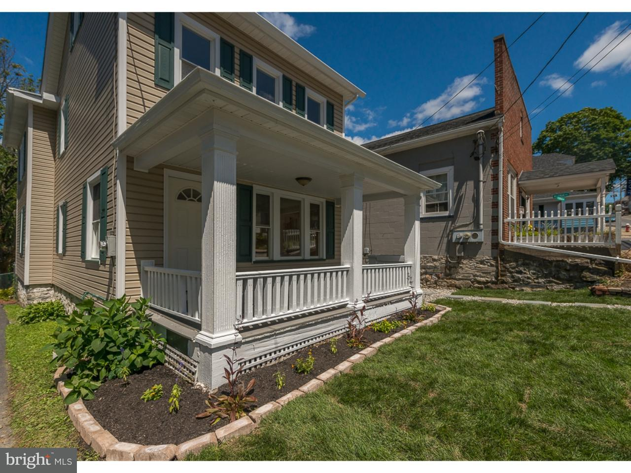 Single Family Home for Sale at 124 W CENTRAL Avenue Bangor, Pennsylvania 18013 United States