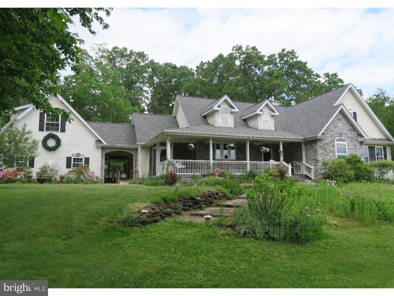 Maison unifamiliale pour l Vente à 261 E COLLIERS MILL Road New Egypt, New Jersey 08533 États-Unis
