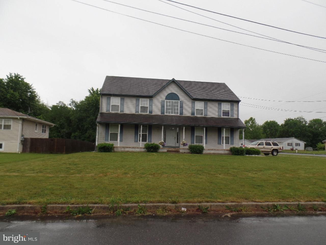 Eensgezinswoning voor Verkoop een t 105 W DELAWARE Avenue Buena, New Jersey 08326 Verenigde Staten