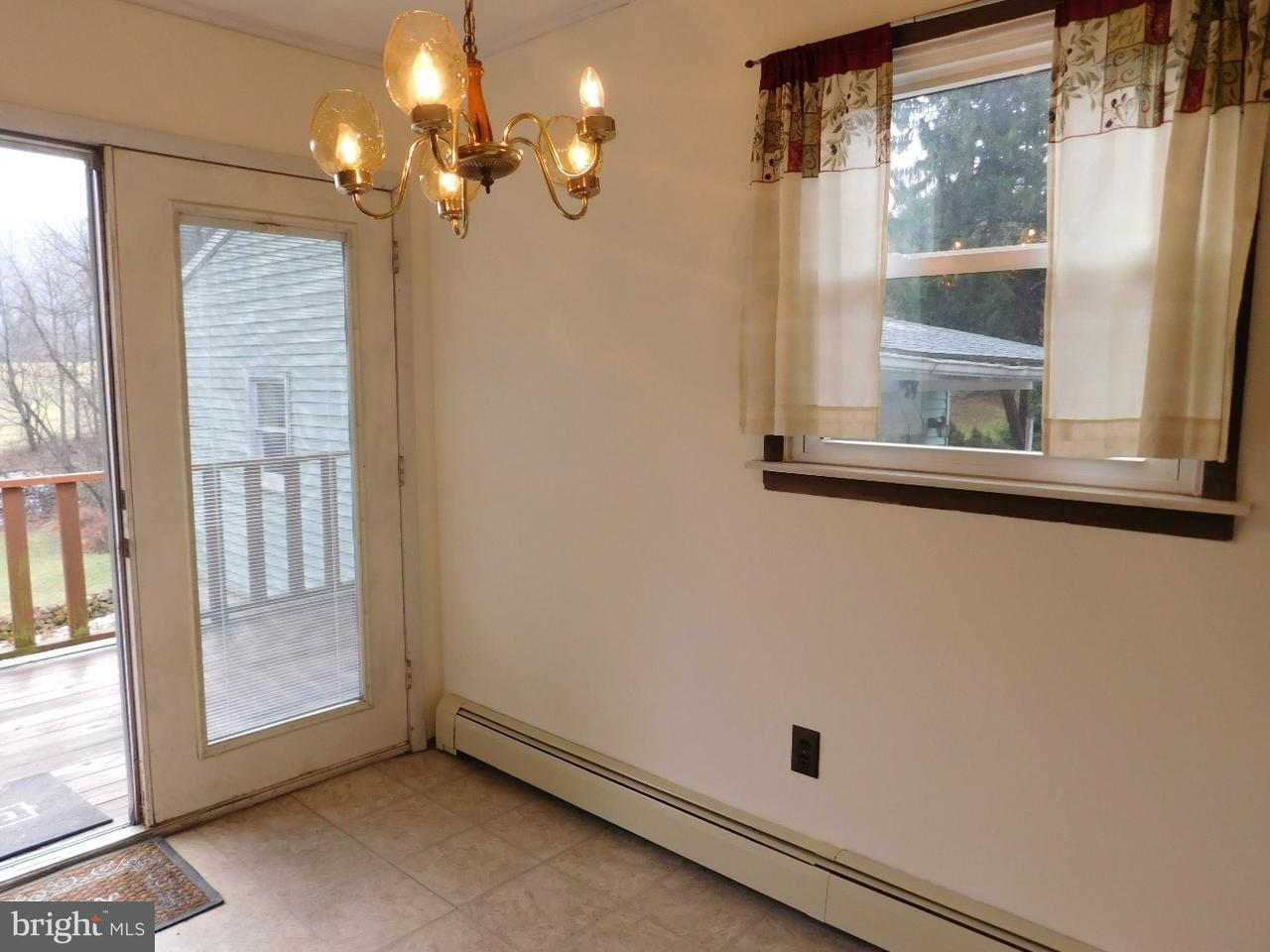 Additional photo for property listing at 24 LOWER Road  Tamaqua, 宾夕法尼亚州 18252 美国