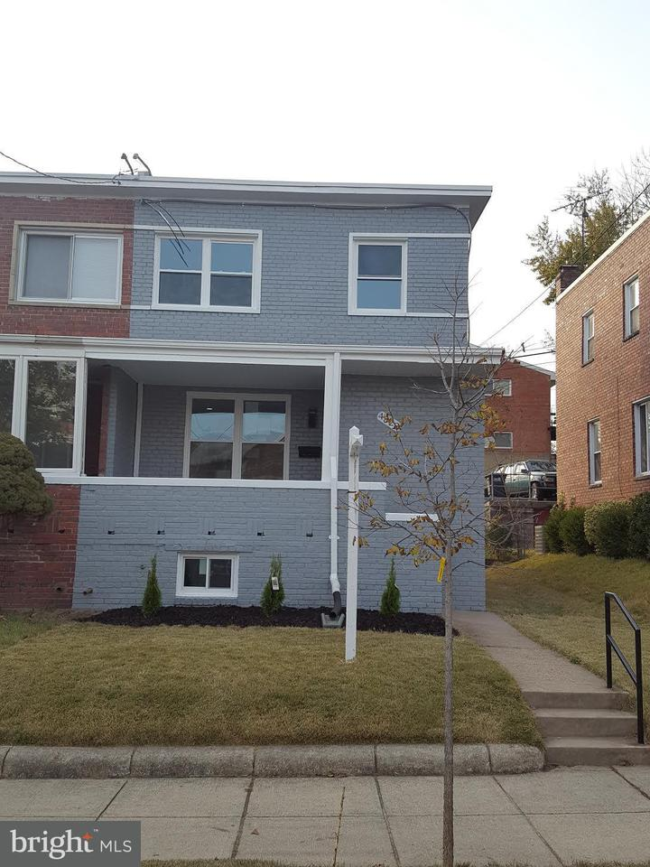 Single Family for Sale at 4822 10th St NE Washington, District Of Columbia 20017 United States