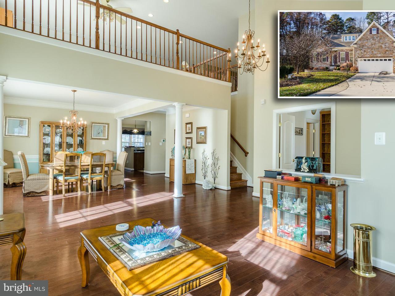 Частный односемейный дом для того Продажа на 802 WINDJAMMER Road 802 WINDJAMMER Road Glen Burnie, Мэриленд 21060 Соединенные Штаты