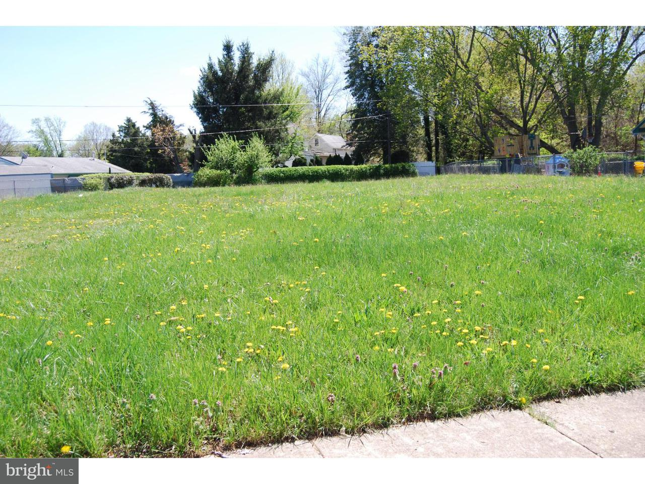 Maison unifamiliale pour l Vente à 21 EXCELL Lane Willingboro, New Jersey 08046 États-Unis