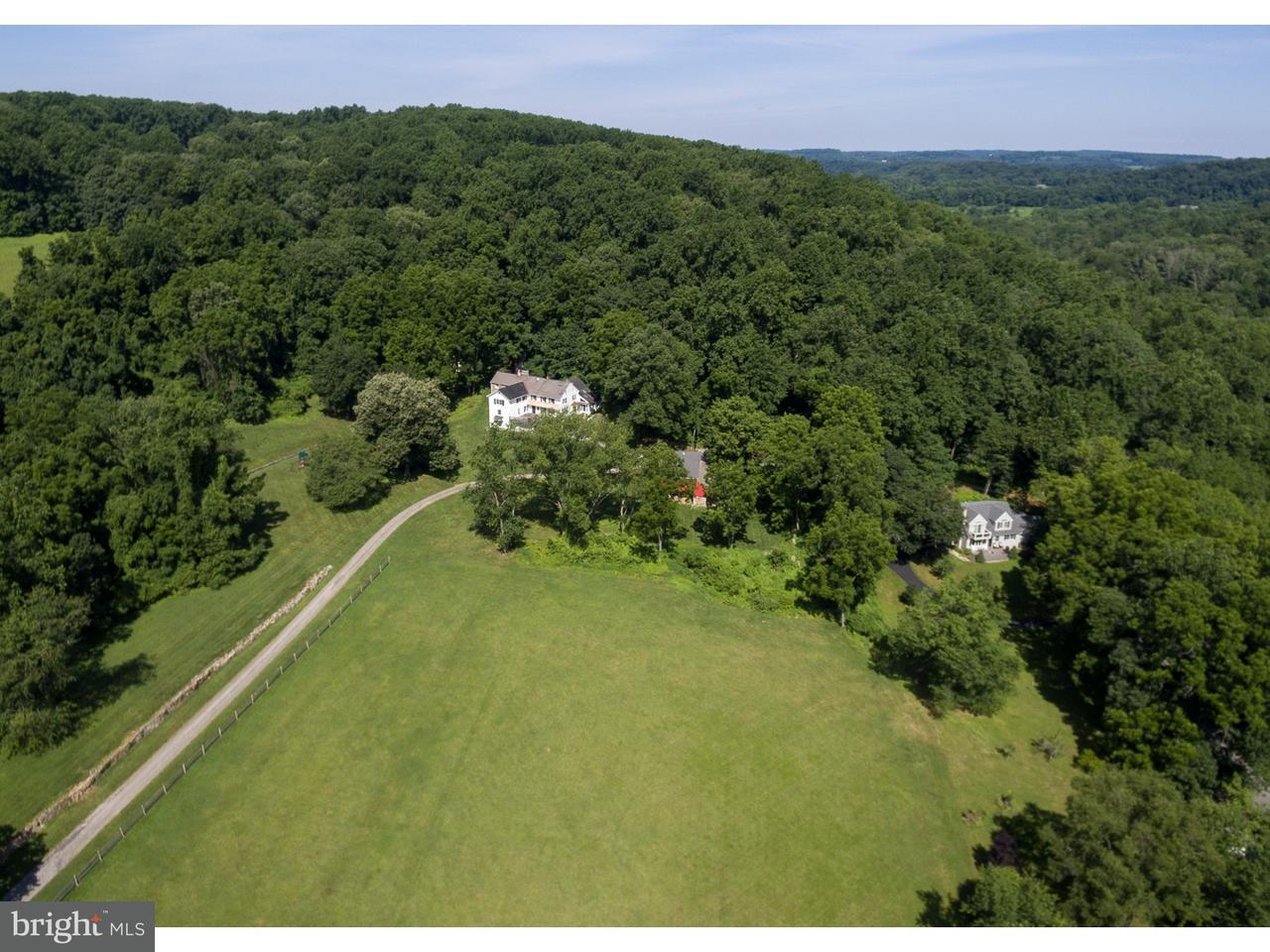 独户住宅 为 销售 在 511 MERLIN Road 菲尼克斯维尔, 宾夕法尼亚州 19460 美国