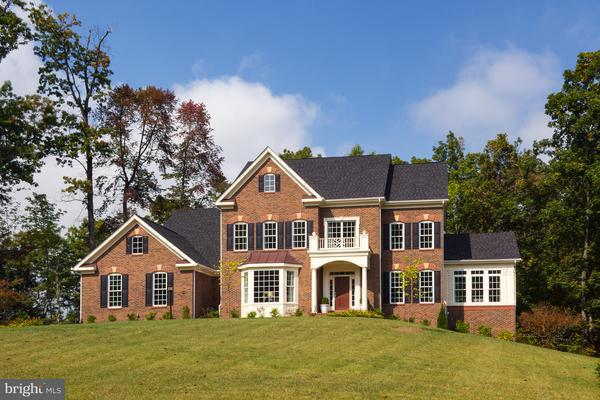Additional photo for property listing at 12247 Clifton Point Road 12247 Clifton Point Road Clifton, Virginia 20124 Vereinigte Staaten