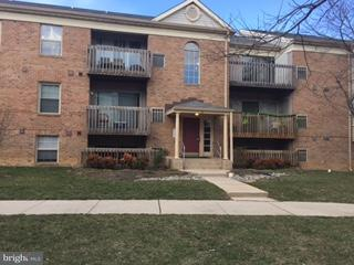 Condominium for Rent at 2 Banyan Wood Ct #101 Essex, Maryland 21221 United States
