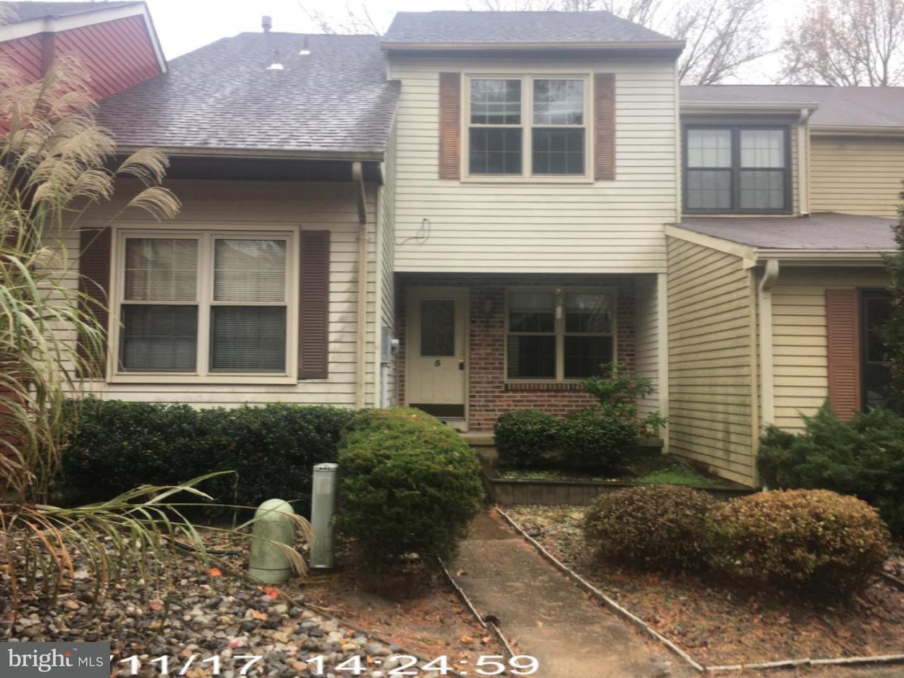 Casa unifamiliar adosada (Townhouse) por un Venta en 5 REGENT Court Medford, Nueva Jersey 08055 Estados Unidos