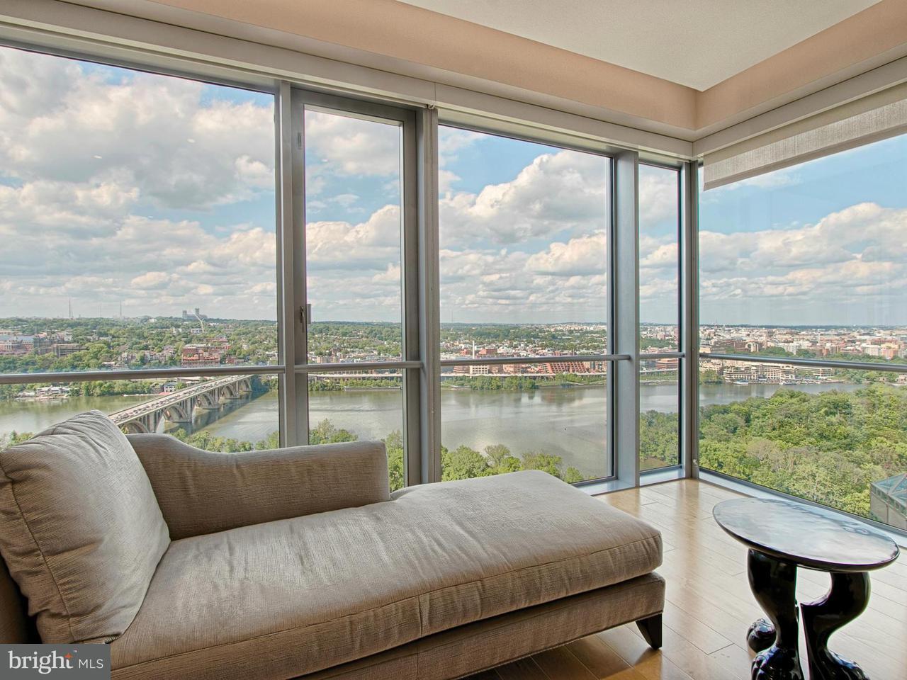 共管式独立产权公寓 为 销售 在 1111 19TH ST N #2801 1111 19TH ST N #2801 阿林顿, 弗吉尼亚州 22209 美国