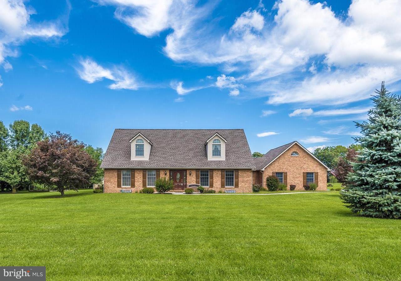Casa Unifamiliar por un Venta en 16126 RIVER BEND Court 16126 RIVER BEND Court Williamsport, Maryland 21795 Estados Unidos