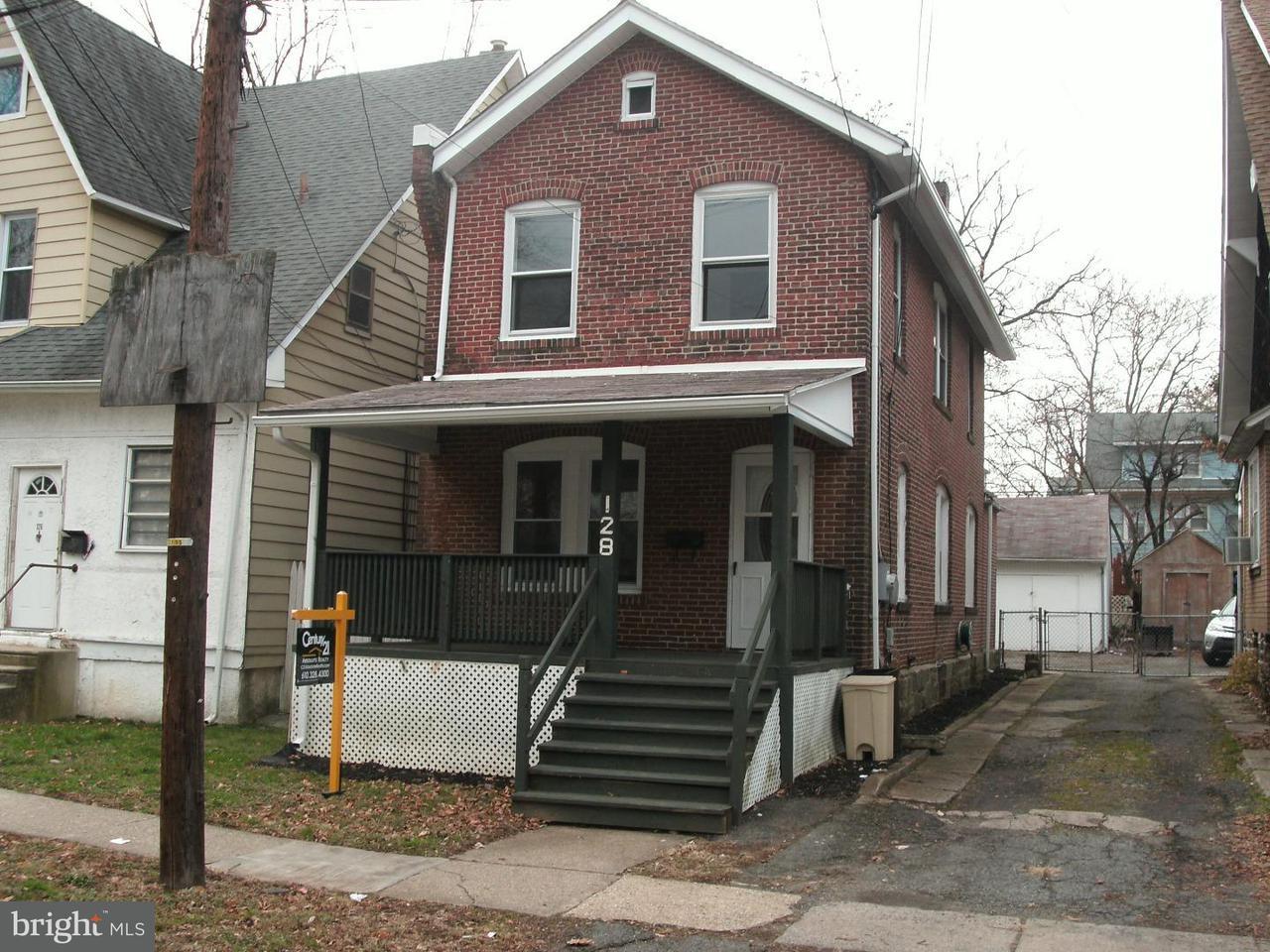 独户住宅 为 销售 在 128 BEVERLY Avenue East Lansdowne, 宾夕法尼亚州 19050 美国