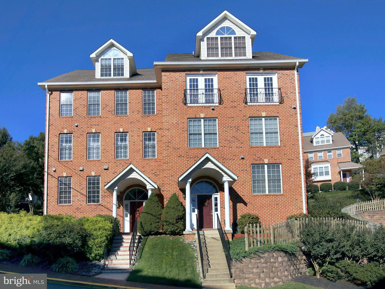 Townhouse for Sale at 391 MYRTLE Place 391 MYRTLE Place Occoquan, Virginia 22125 United States