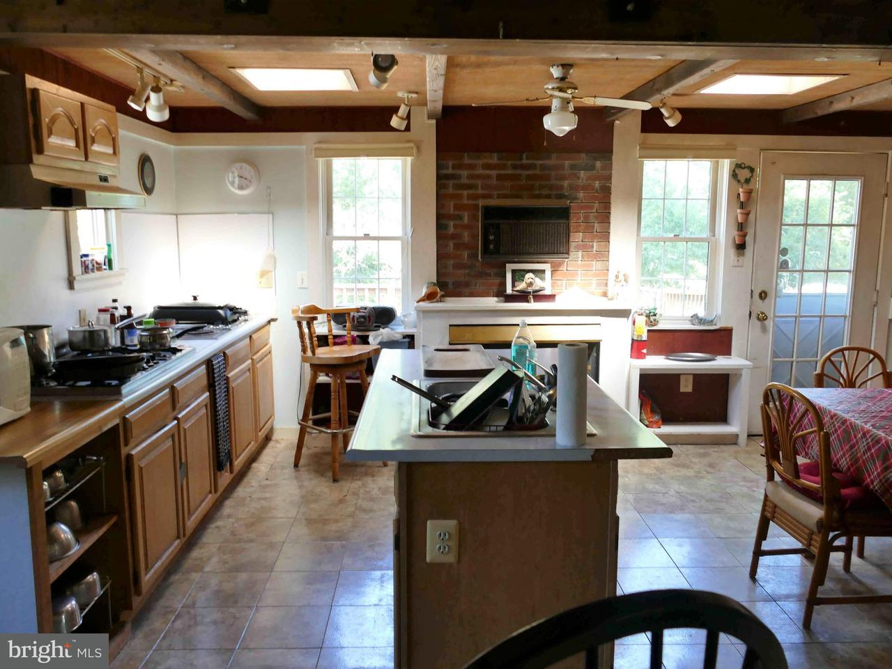 Single Family for Sale at 191 Beylors Ferry Rd Rileyville, Virginia 22650 United States