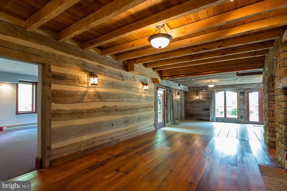 Additional photo for property listing at 132 Diamond Court 132 Diamond Court Harrisonburg, Virginia 22801 Estados Unidos