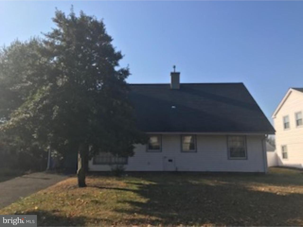 Casa Unifamiliar por un Alquiler en 9 BUCKNELL Lane Willingboro, Nueva Jersey 08046 Estados Unidos