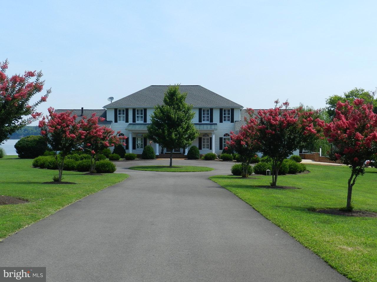 Частный односемейный дом для того Продажа на 260 THORNY POINT Road 260 THORNY POINT Road Stafford, Виргиния 22554 Соединенные Штаты
