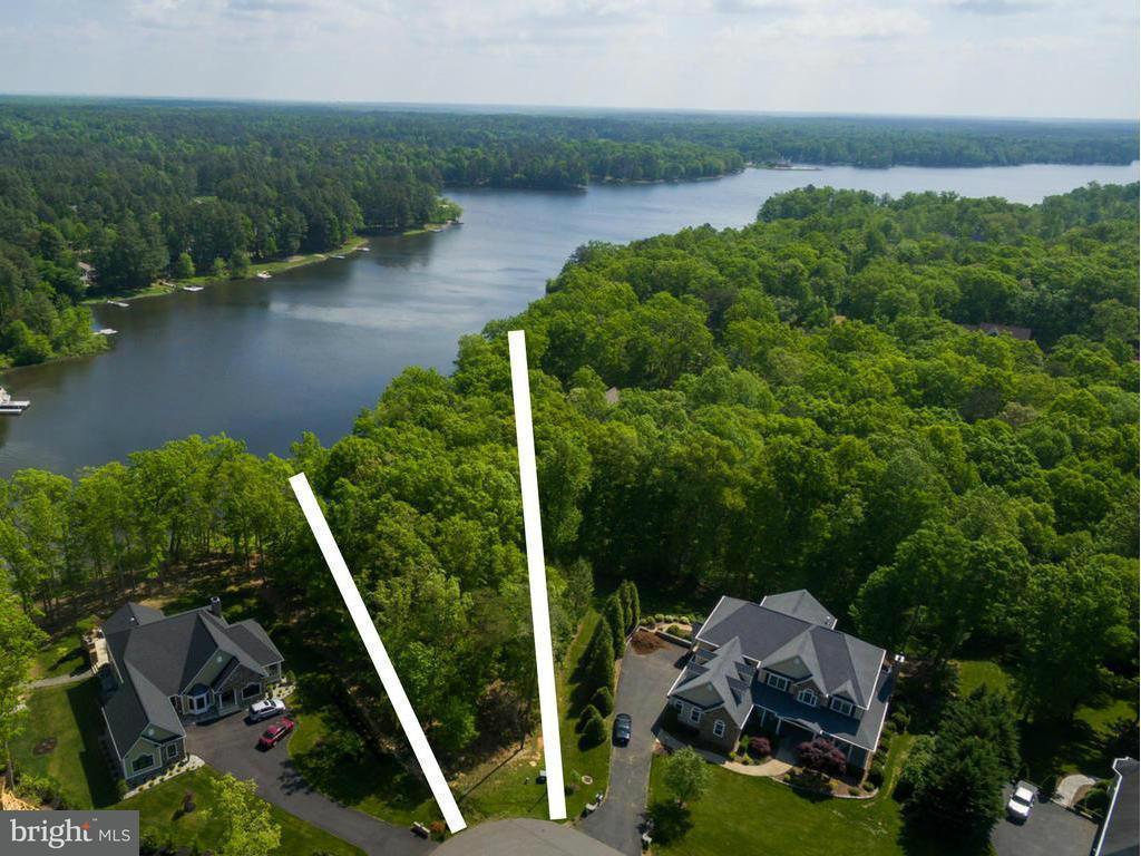 土地 のために 売買 アット 11402 Bluffs Ridge 11402 Bluffs Ridge Spotsylvania, バージニア 22551 アメリカ合衆国