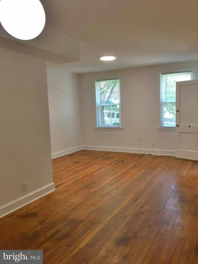 Additional photo for property listing at 2623 39th St NW  Washington, District Of Columbia 20007 United States