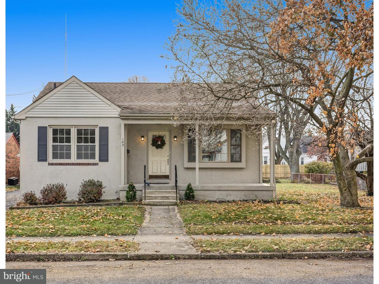 Maison unifamiliale pour l Vente à 107 MARLBOROUGH Avenue Mount Ephraim, New Jersey 08059 États-Unis