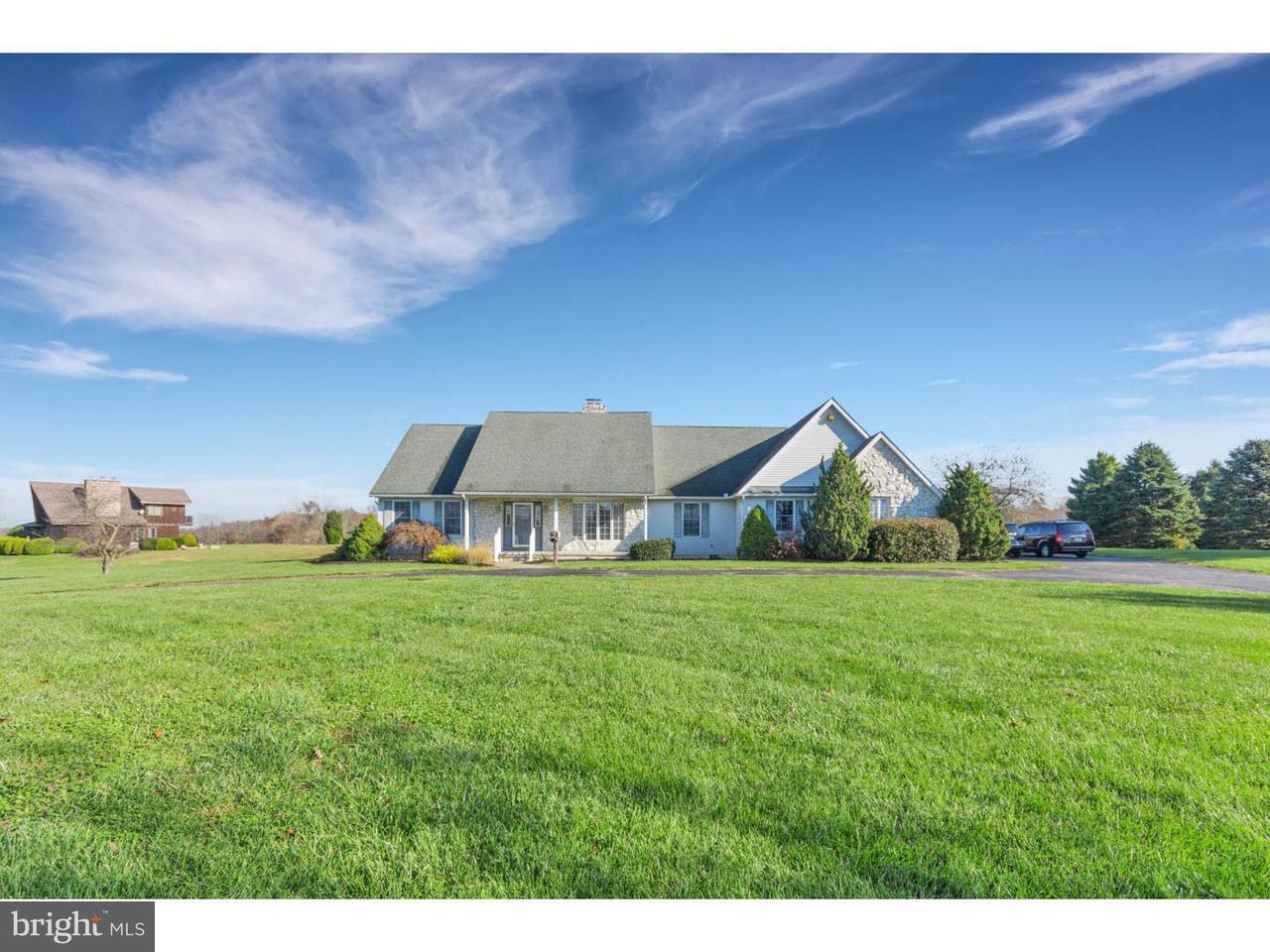 独户住宅 为 销售 在 242 WOODSTOWN DARETOWN Road Pilesgrove, 新泽西州 08098 美国
