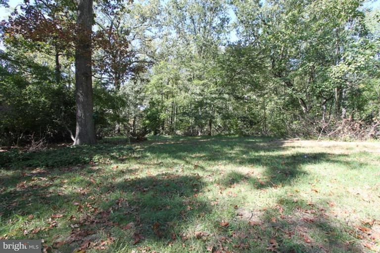 Land für Verkauf beim 413 STONINGTON Road 413 STONINGTON Road Silver Spring, Maryland 20902 Vereinigte Staaten