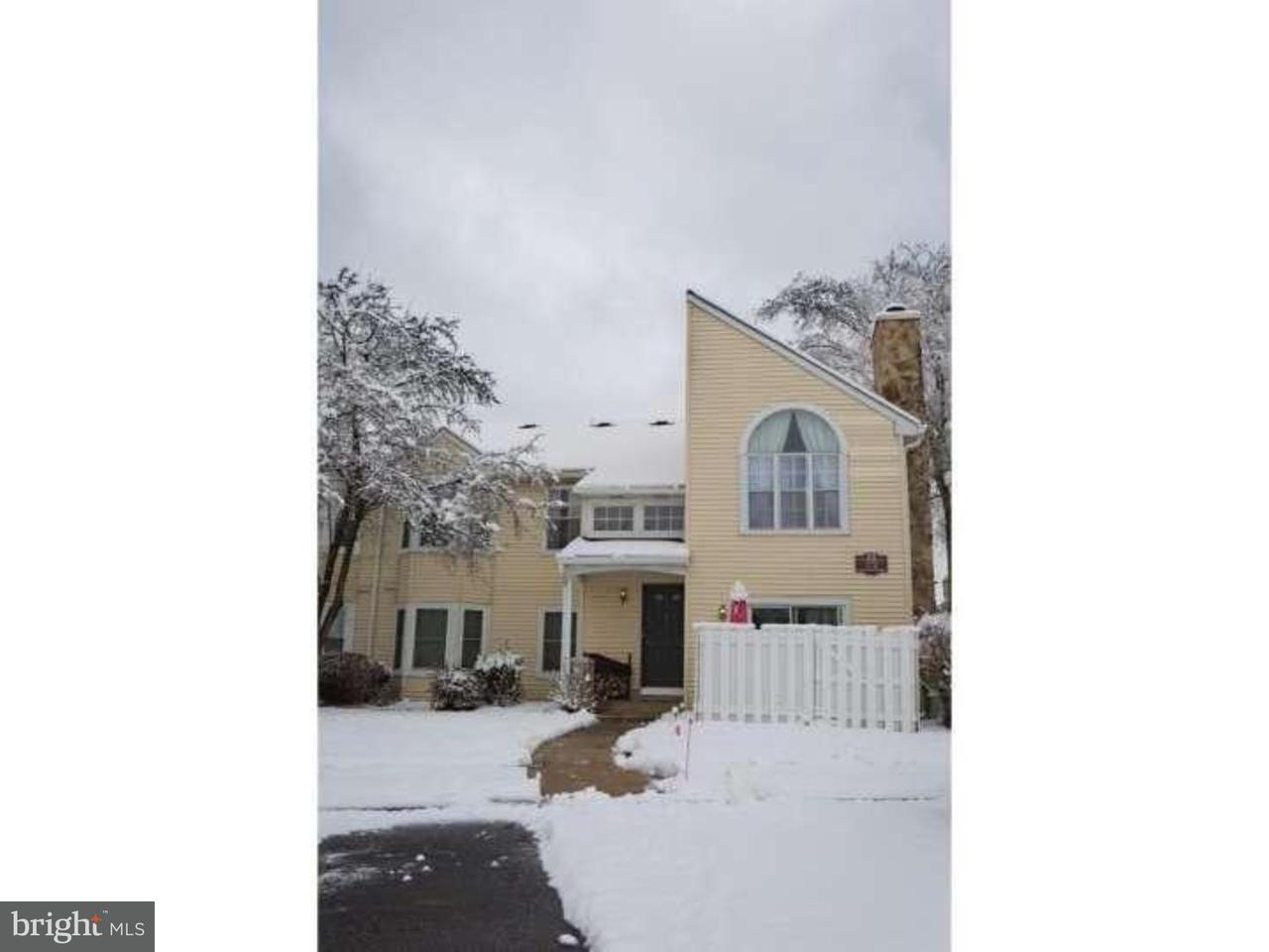 独户住宅 为 出租 在 27 DENNIS Court Hightstown, 新泽西州 08520 美国在/周边: Hightstown Borough