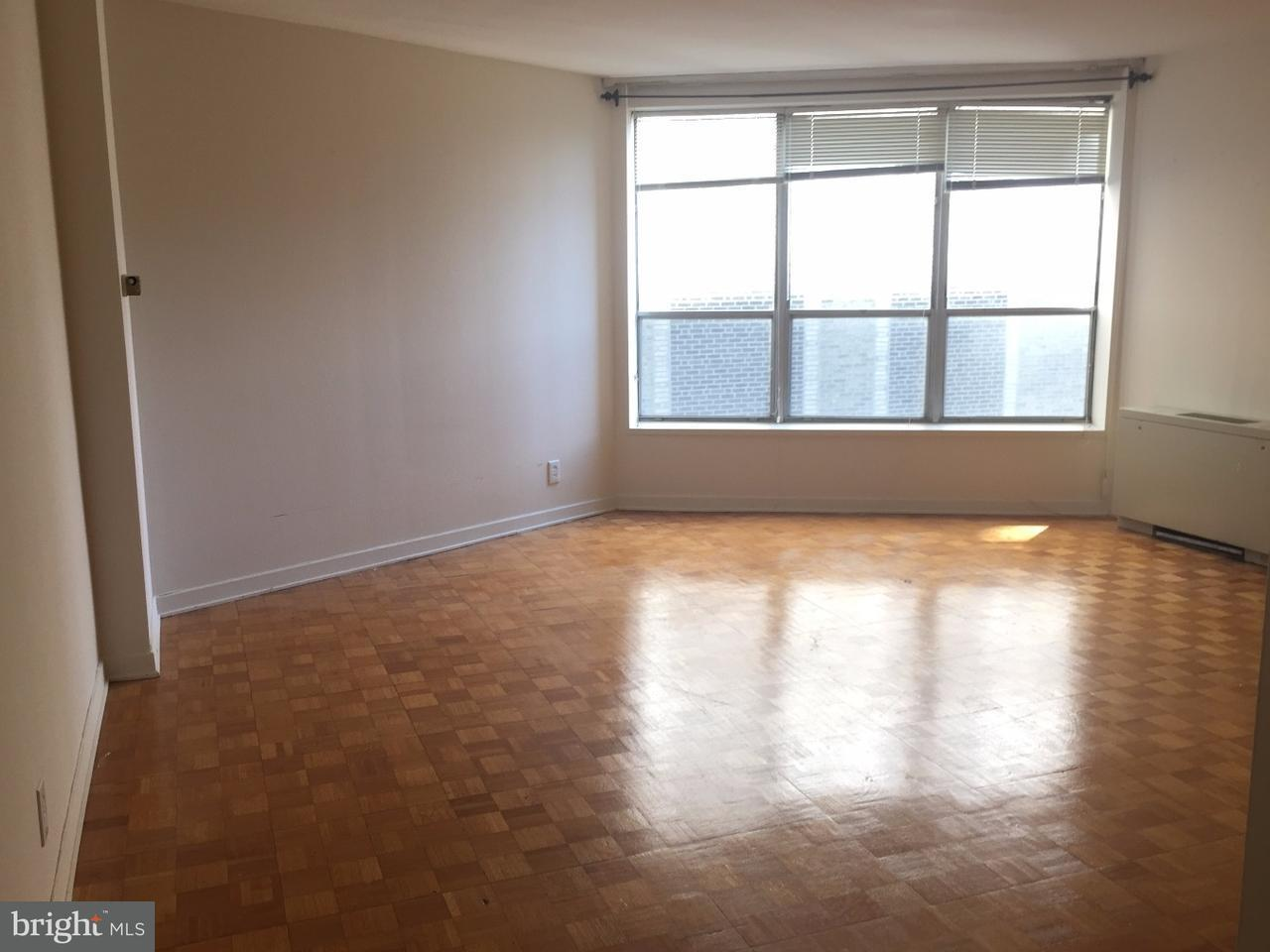 独户住宅 为 出租 在 224 W RITTENHOUSE SQ #2303 费城, 宾夕法尼亚州 19103 美国