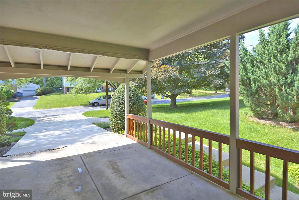 Single Family Home for Sale at 1211 N Belgrade Road 1211 N Belgrade Road Silver Spring, Maryland 20902 United States
