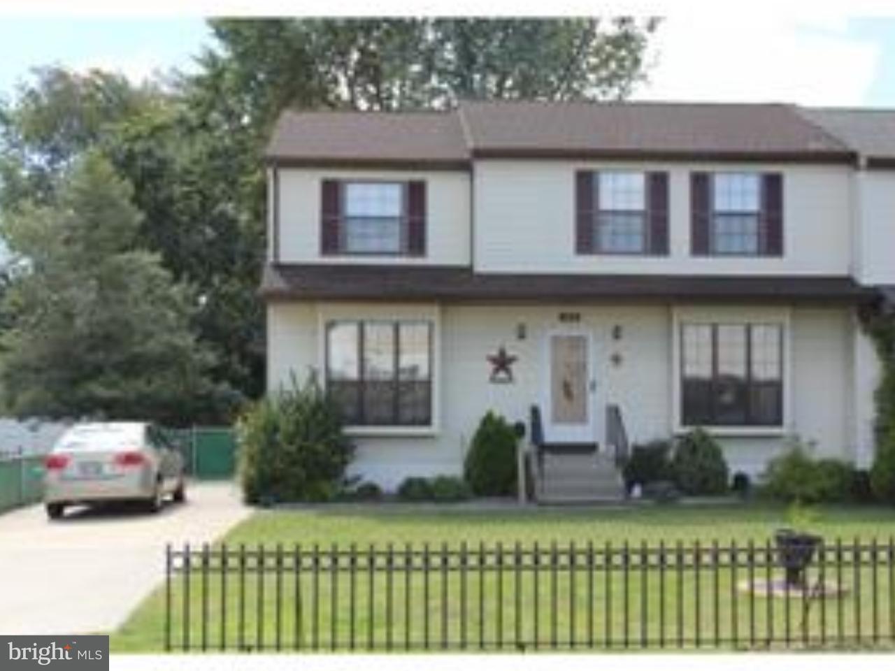 联栋屋 为 销售 在 133 CLINTON Avenue Williamstown, 新泽西州 08094 美国在/周边: Monroe Township
