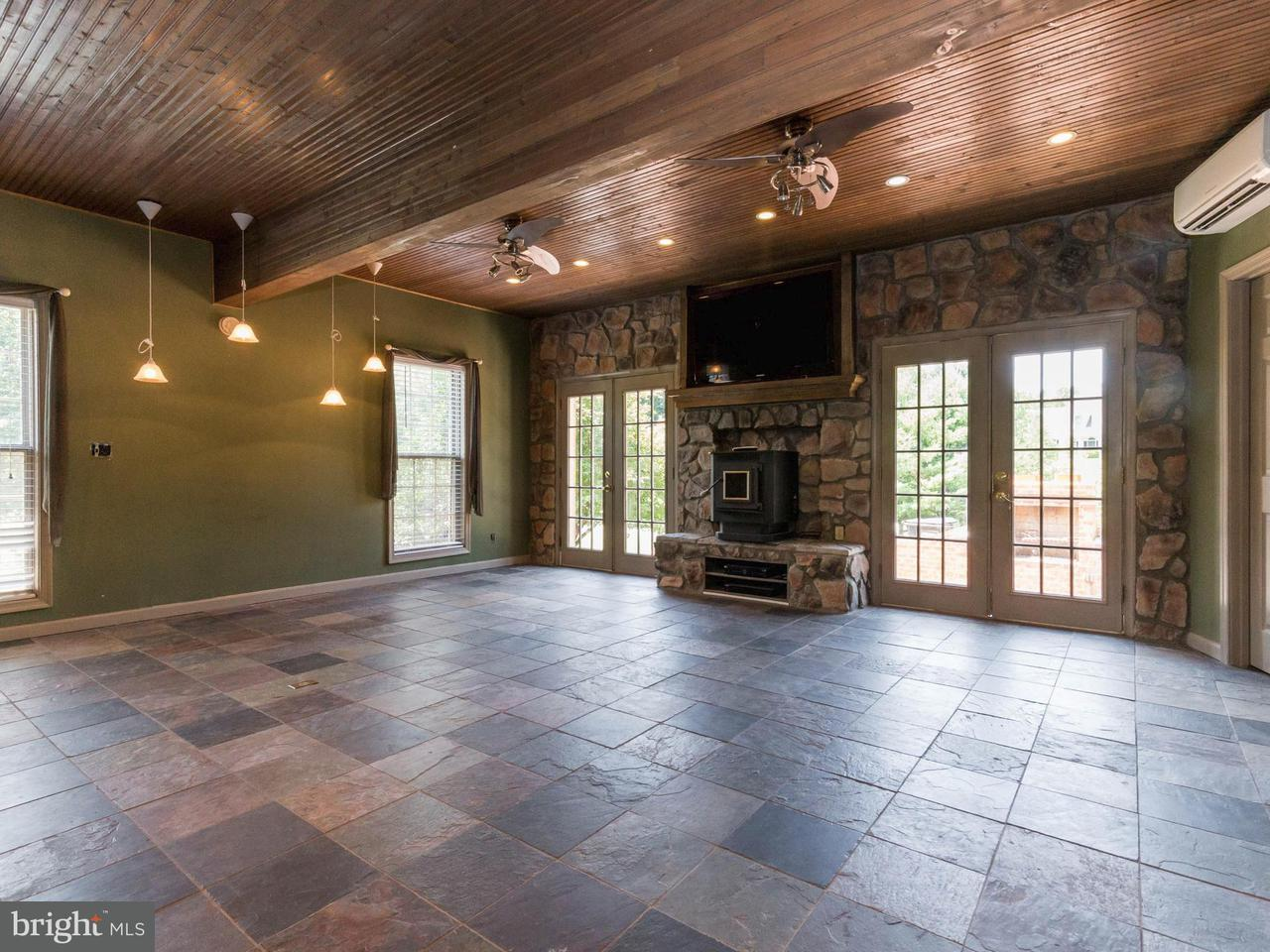 Additional photo for property listing at 16700 SWANSON COVE Court 16700 SWANSON COVE Court Hughesville, Мэриленд 20637 Соединенные Штаты