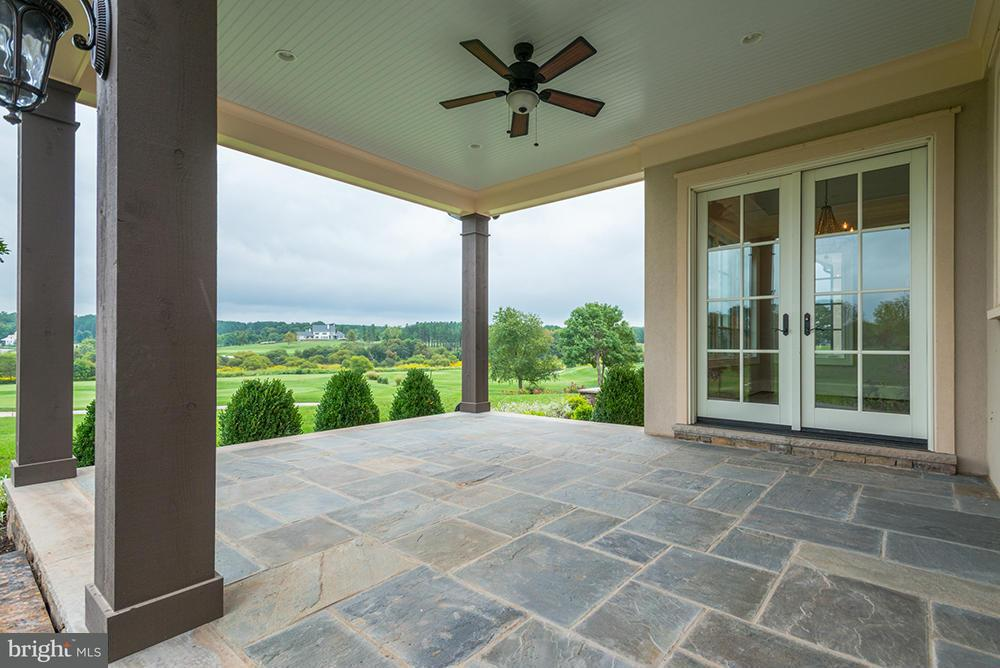 Additional photo for property listing at 40192 JEFFERSON SPRINGS Court 40192 JEFFERSON SPRINGS Court Aldie, Virginia 20105 United States