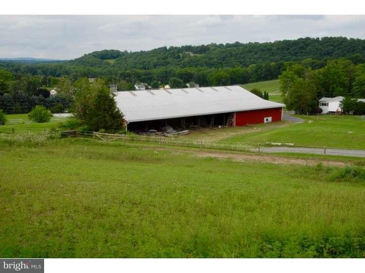 Additional photo for property listing at 2557 ACKERMANVILLE Road  Bangor, Пенсильвания 18013 Соединенные Штаты