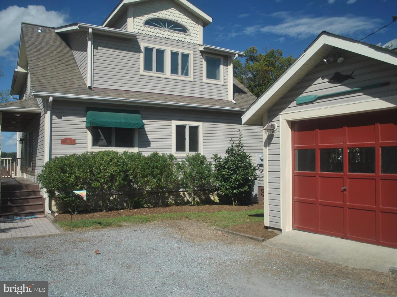 Maison unifamiliale pour l Vente à 1218 HAYES ROAD 1218 HAYES ROAD Shady Side, Maryland 20764 États-Unis